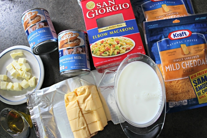 Ingredients for easy macaroni and cheese