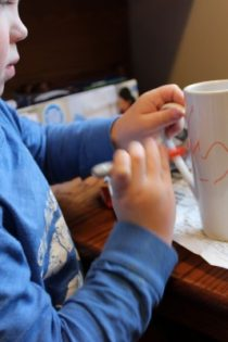 Simple Kid Craft : Personalized Sharpie Mug