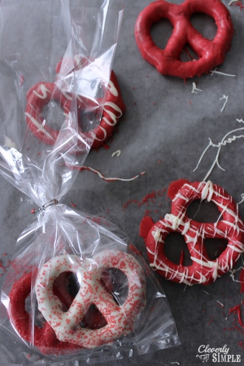 Chocolate Covered Pretzels for Valentines Day