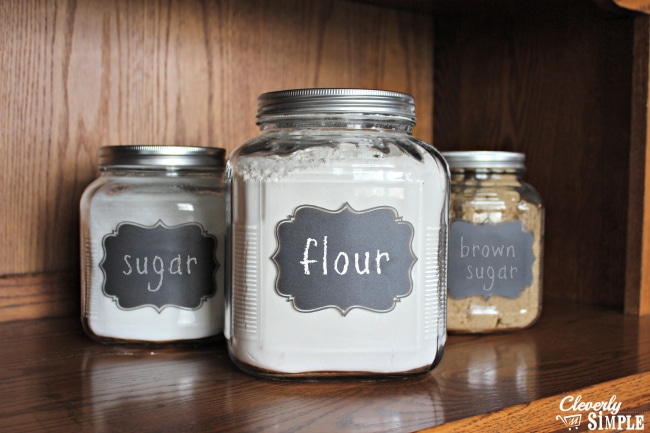DIY flour canisters frugal to make