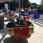 kids playing at cedar point