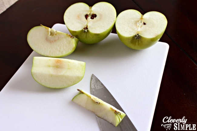 How to cut the core out of the apple to make apple pancakes..jpg