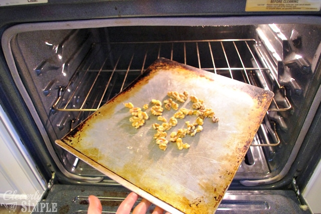Roasting walnuts in oven for cookies