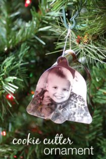 How to Make Cookie Cutter Ornaments