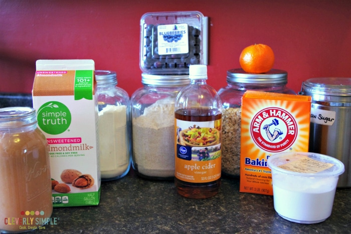 simple blueberry muffins ingredients