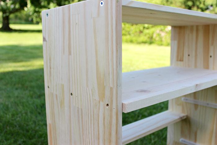 How to add shelf to Ikea Rast
