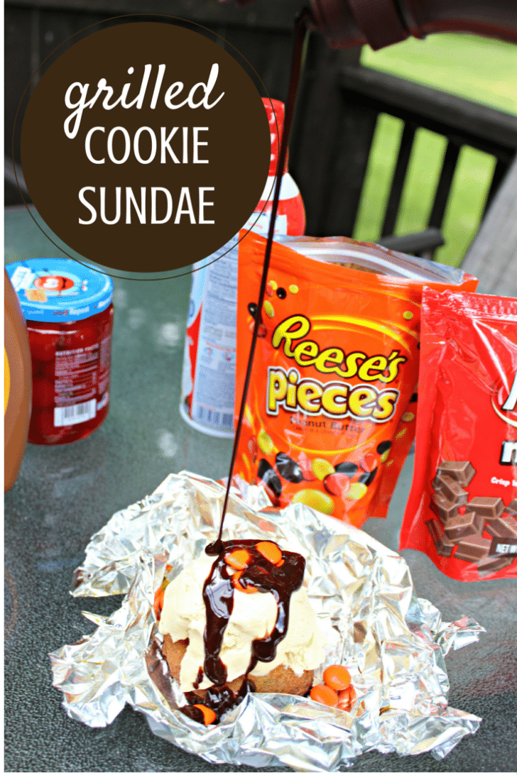 grilled cookie sundae with hershey