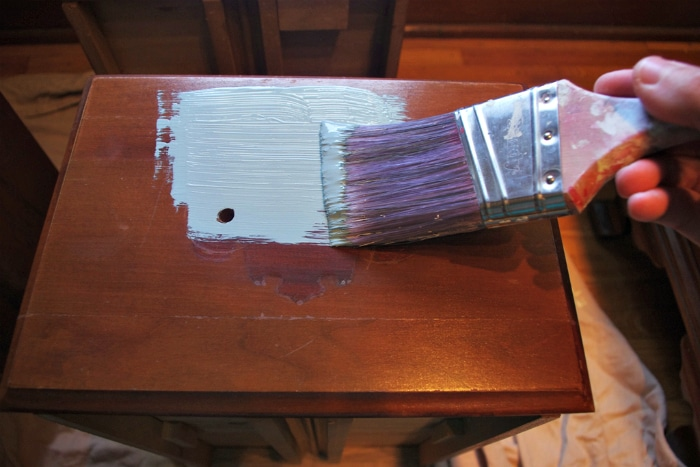 How to Chalk Paint Furniture 4A