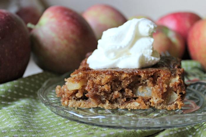 easy-apple-cake-recipe-1
