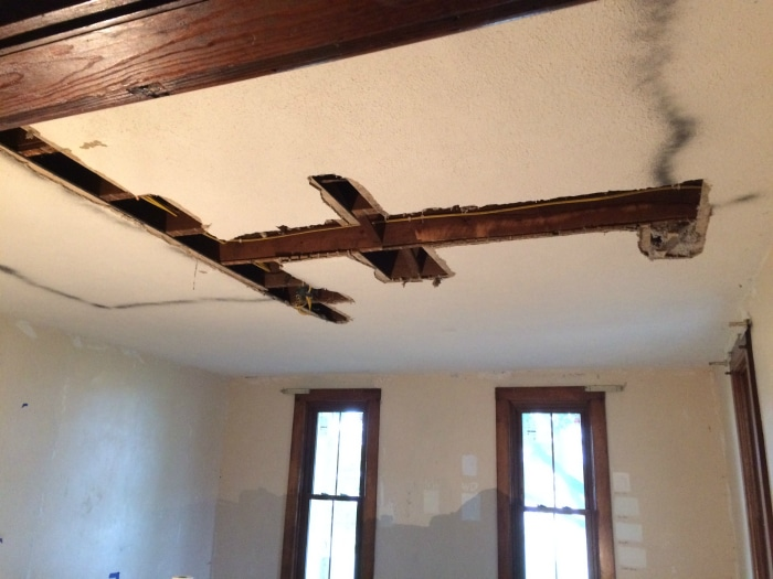 farmhouse-renovation-week-12-ceiling-living-room