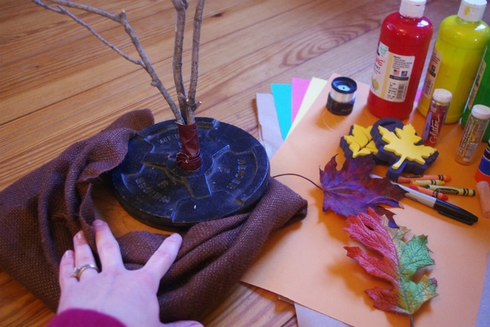 homemade-thankful-tree-craft-for-kids-3