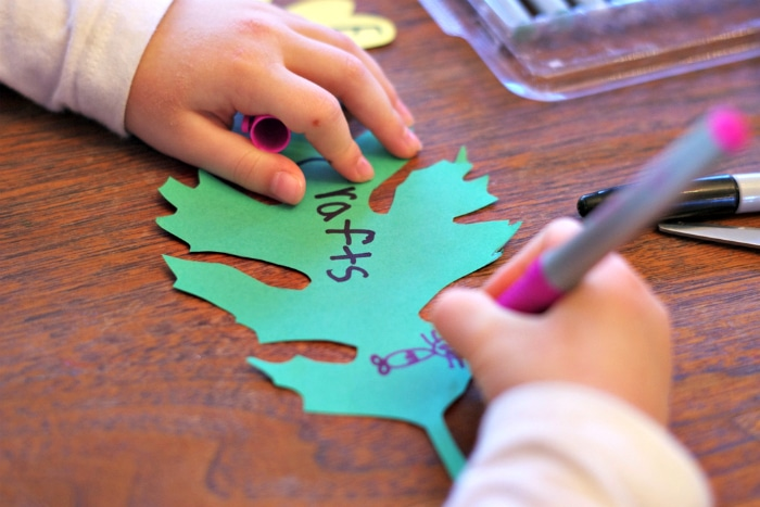 homemade-thankful-tree-craft-for-kids-5a