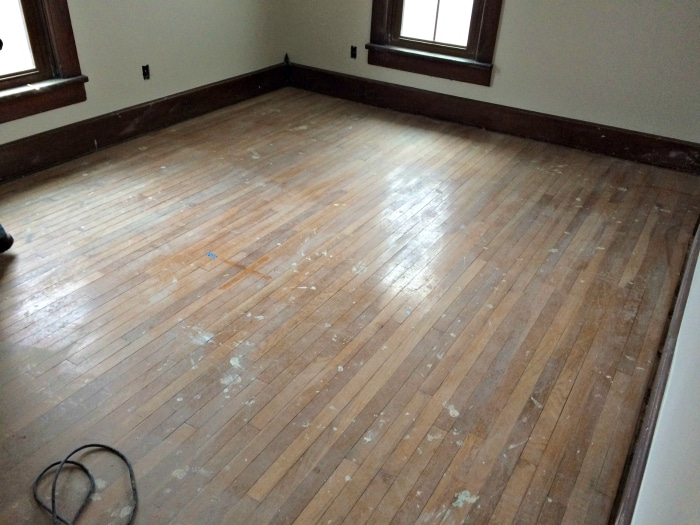 farmhouse-renovation-week-18-before-floors-refinished-kids-room