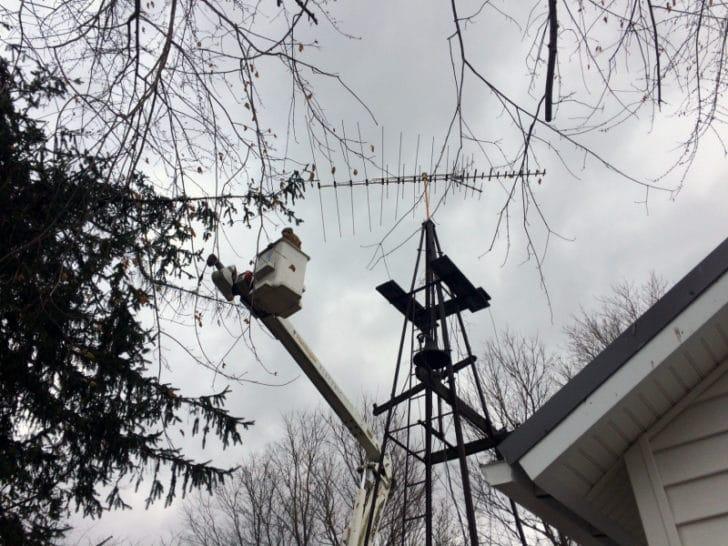 farmhouse-renovation-week-19-outside-tv-antenna