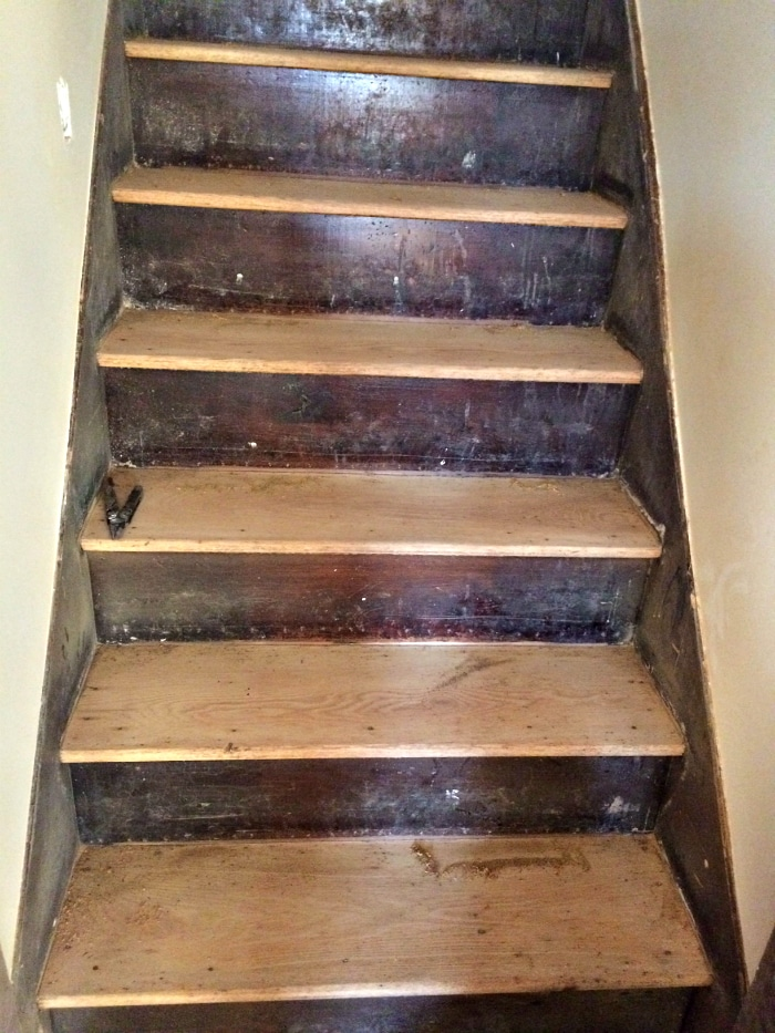 farmhouse-renovation-week-19-stairs-refinished-and-sanded