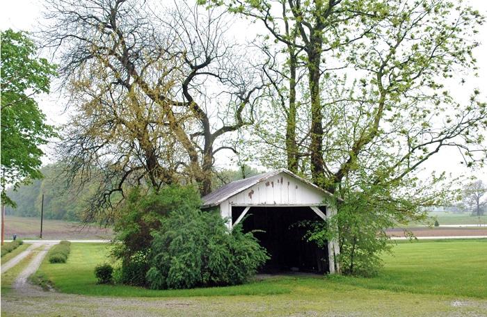 barn-wood-shelf-from-the-garage