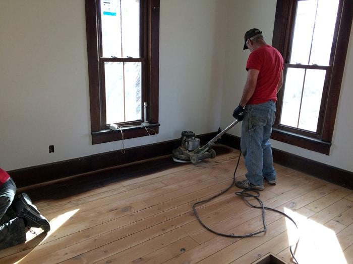 farmhouse-bedroom-renovation-before-12