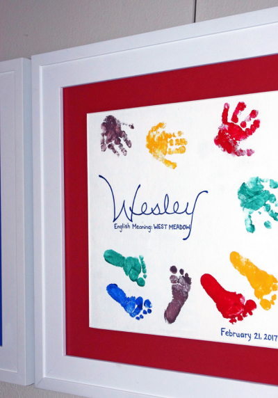 DIY hands and feet painting for newborns