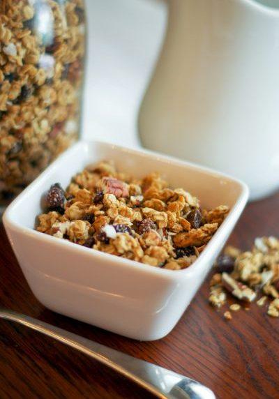 simple homemade granola-2 copy
