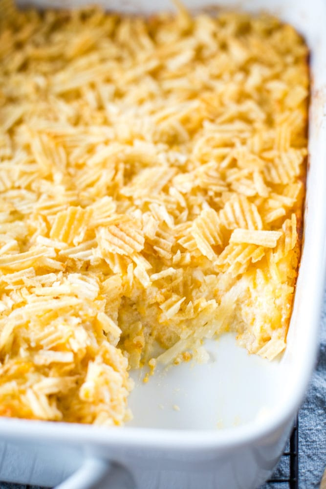 baked cheesy hashbrown casserole