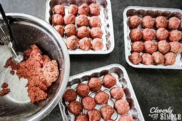 easy meatballs in baking pans