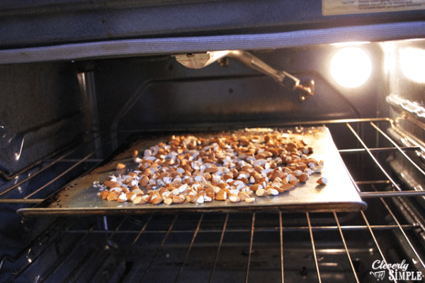 How to roast almonds to make candied almonds