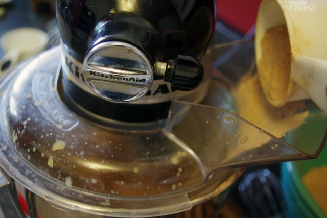 using a kitchen aid mixer to make brwonies