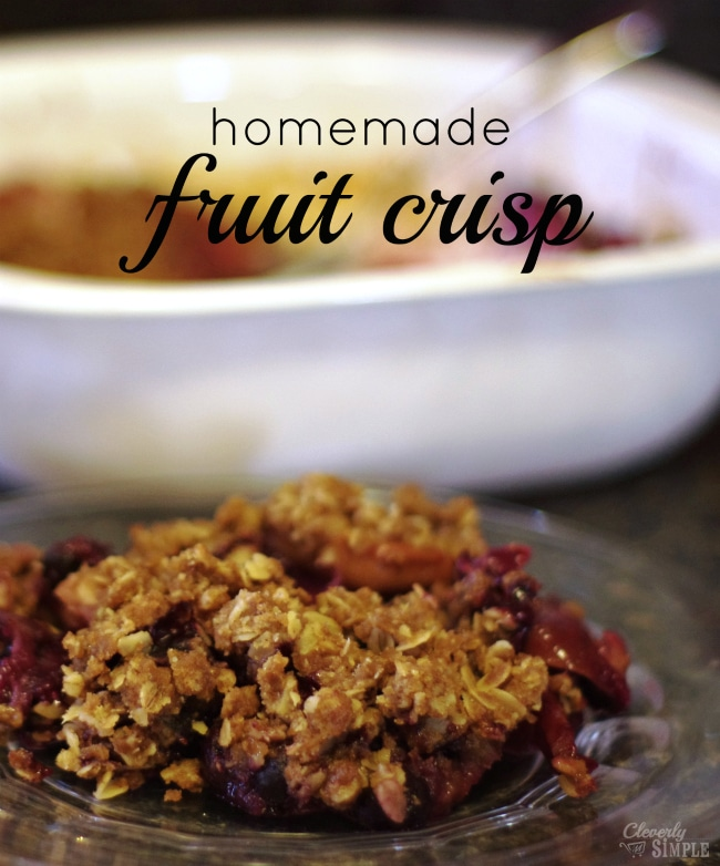 Homemade fruit crisp recipe made with pure maple syrup, vanilla, apples and blueberries