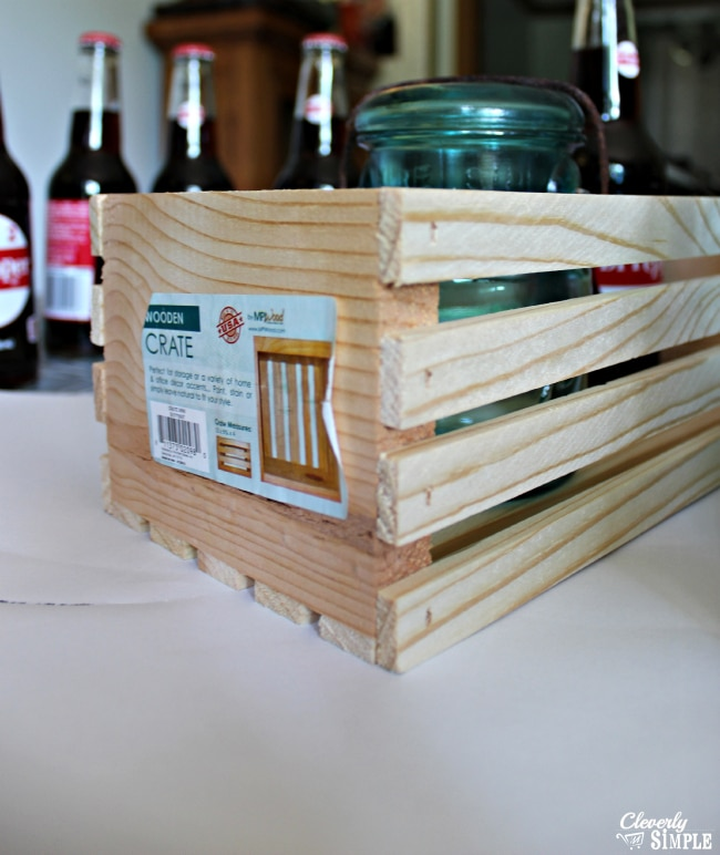 Small Wooden grate to make easy DIY centerpiece for outdoors #shop