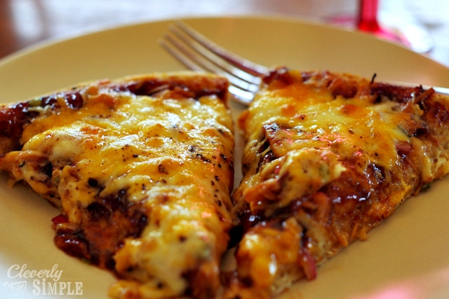 easy barbecue deep dish pizza recipe