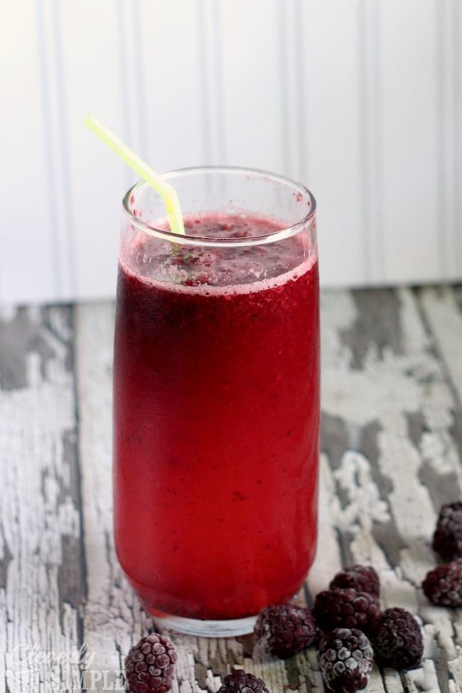 mixed lemonade and blackberry drink for entertaining