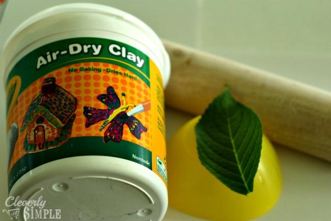 craft using air-dry clay crayola