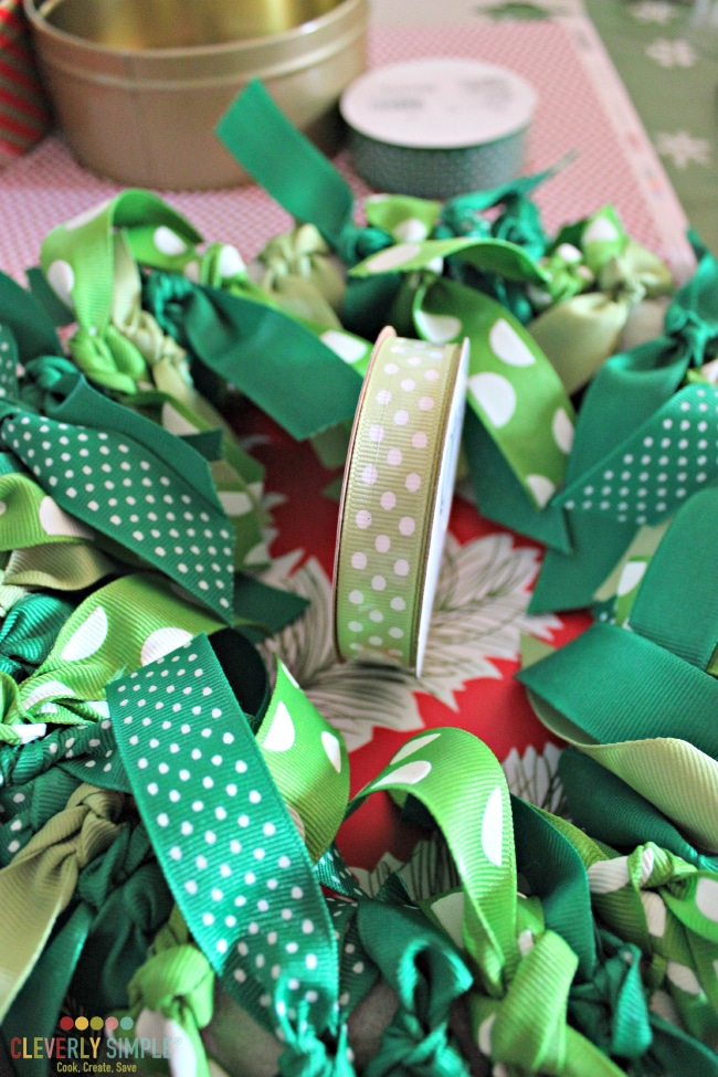 What size ribbons to use in ribbon wreath