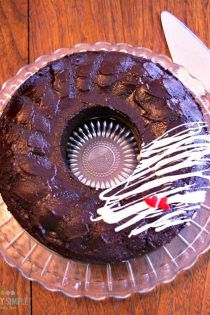 Delicious homemade chocolate cake recipe that is simple