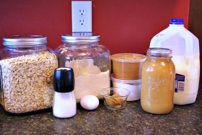 ingredients for simple pancakes