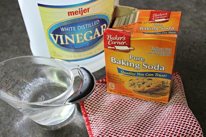 ingredients to get rid of burnt pan