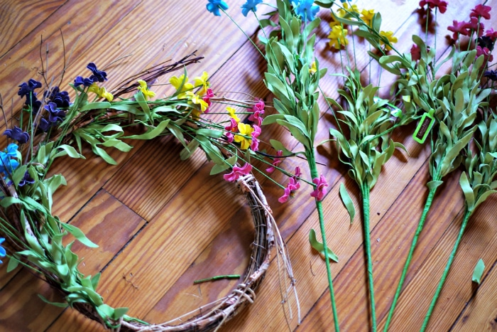Adding multiple colors to spring wreath