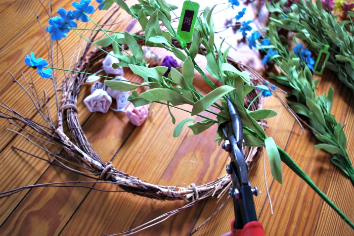 Clipping flowers to make your own wreath