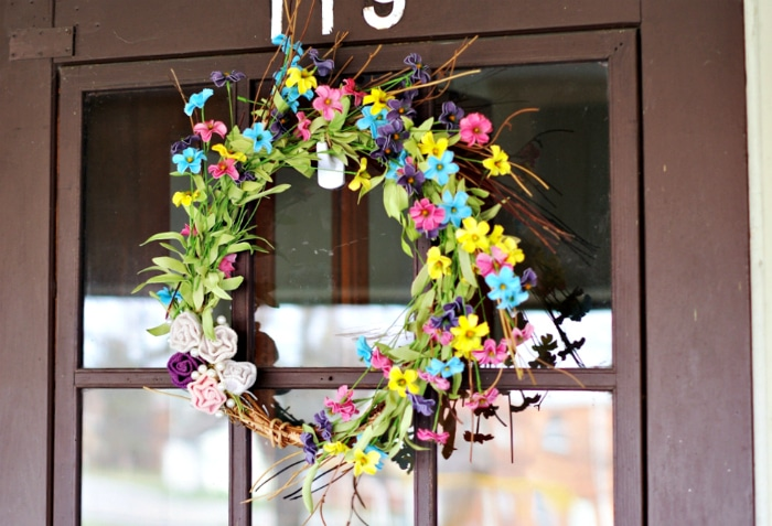 Finished spring wreath