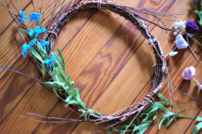 First step to making your own spring wreath