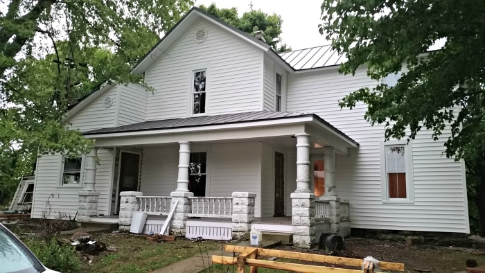 farmhouse-renovation-week-8-outside