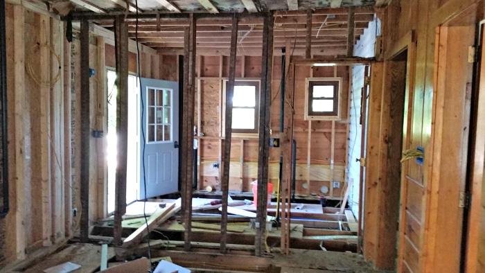 farmhouse-renovation-week-9-kitchen-laundry
