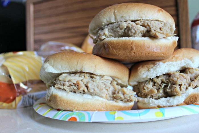 Crockpot Hot Shredded Chicken Sandwich Recipe Simple Recipes Diy Tutorials Amp Farmhouse
