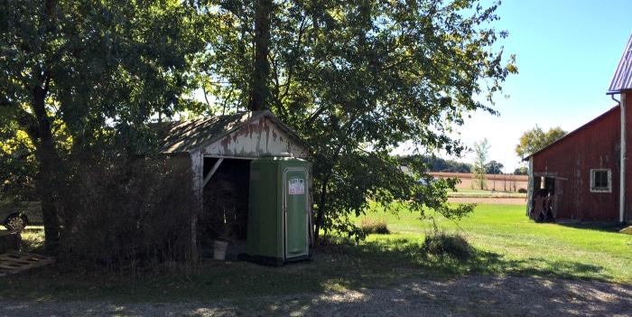 farmhouse-renovation-week-13-garage-barn