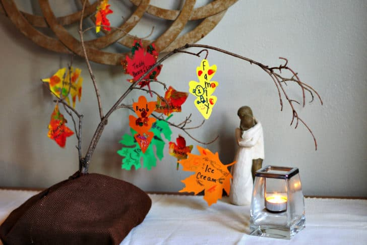homemade-thankful-tree-craft-for-kids-fb