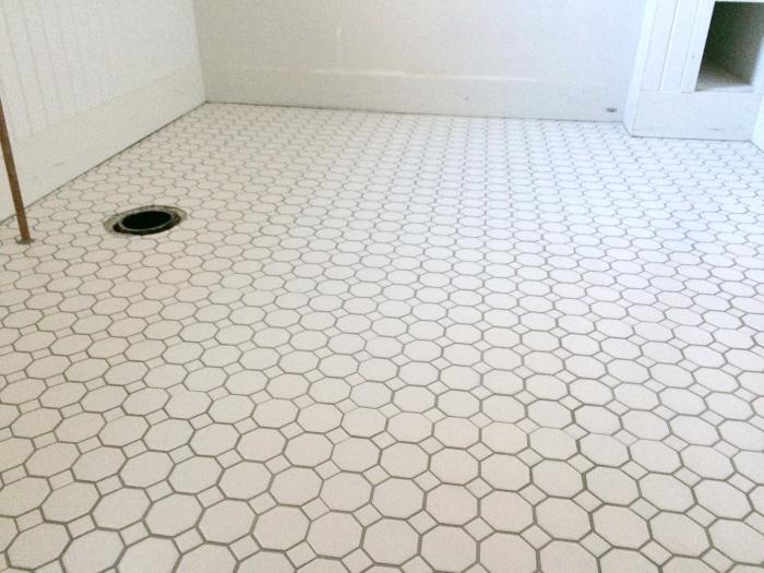 farmhouse-renovation-week-17-tile-floor-octagon-bathroom