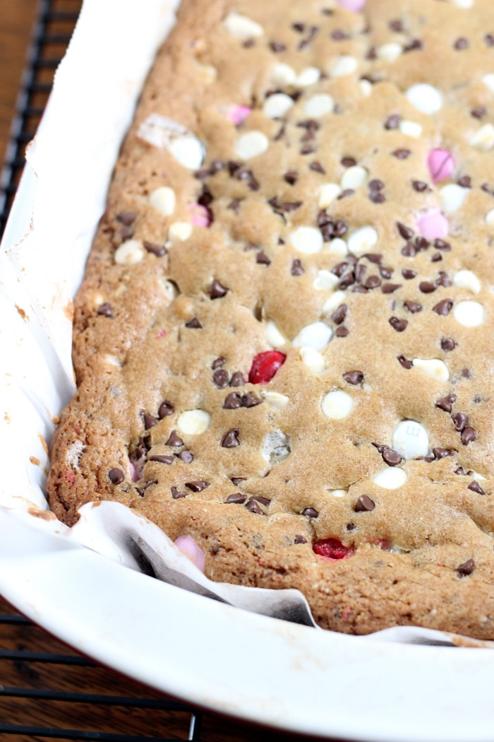 Valentines-Day-Cookie-Bars-8