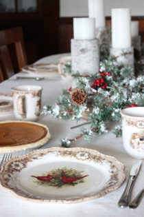 Christmas plates with Christmas centerpiece