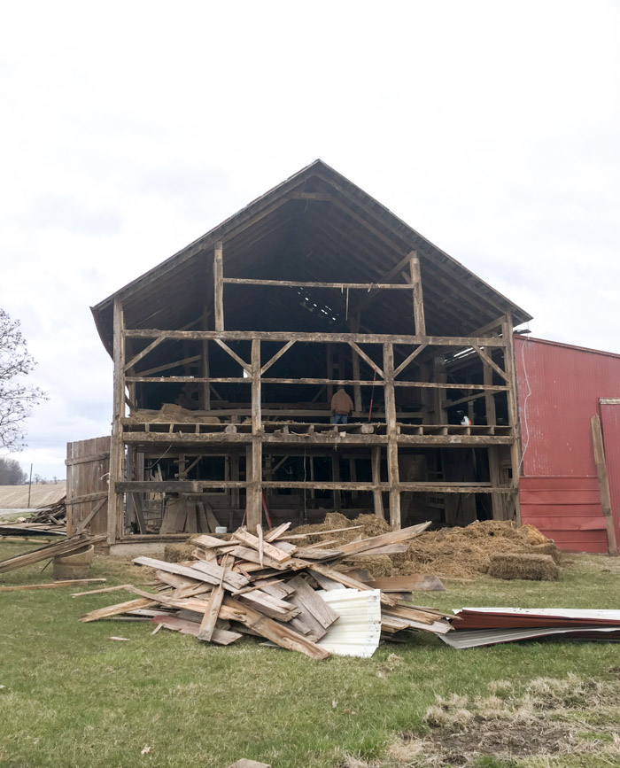 barn being torn down