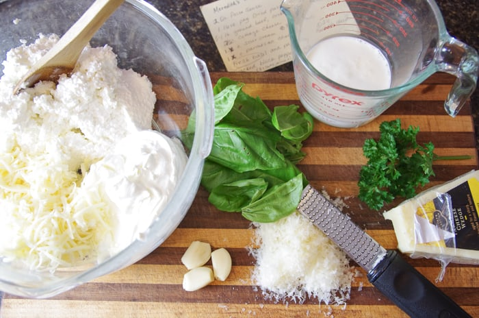 ingredients for easy lasagna white sauce